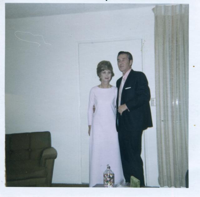 mom hank 1975